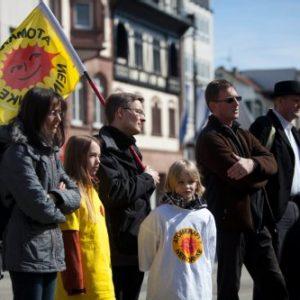 Anti-Atomkraft-Mahnwache auf dem Homburger Marktplatz.