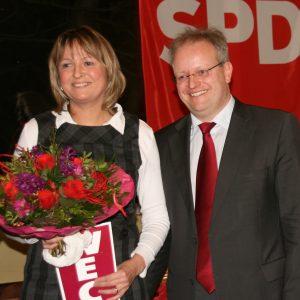 Elke Barth, Kandidatin zur Landtagswahl im Wahlkreis 23, mit Dr. Stephan Wetzel